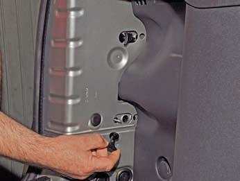 Замена заднего блок-фанаря дастер Замена салонного фильтра астра h