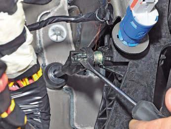 Замена цилиндра сцепления рено дастер 1 6 Покрска крыла спринтер